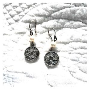 Jewelry - 925 Silver and Pearl Earrings